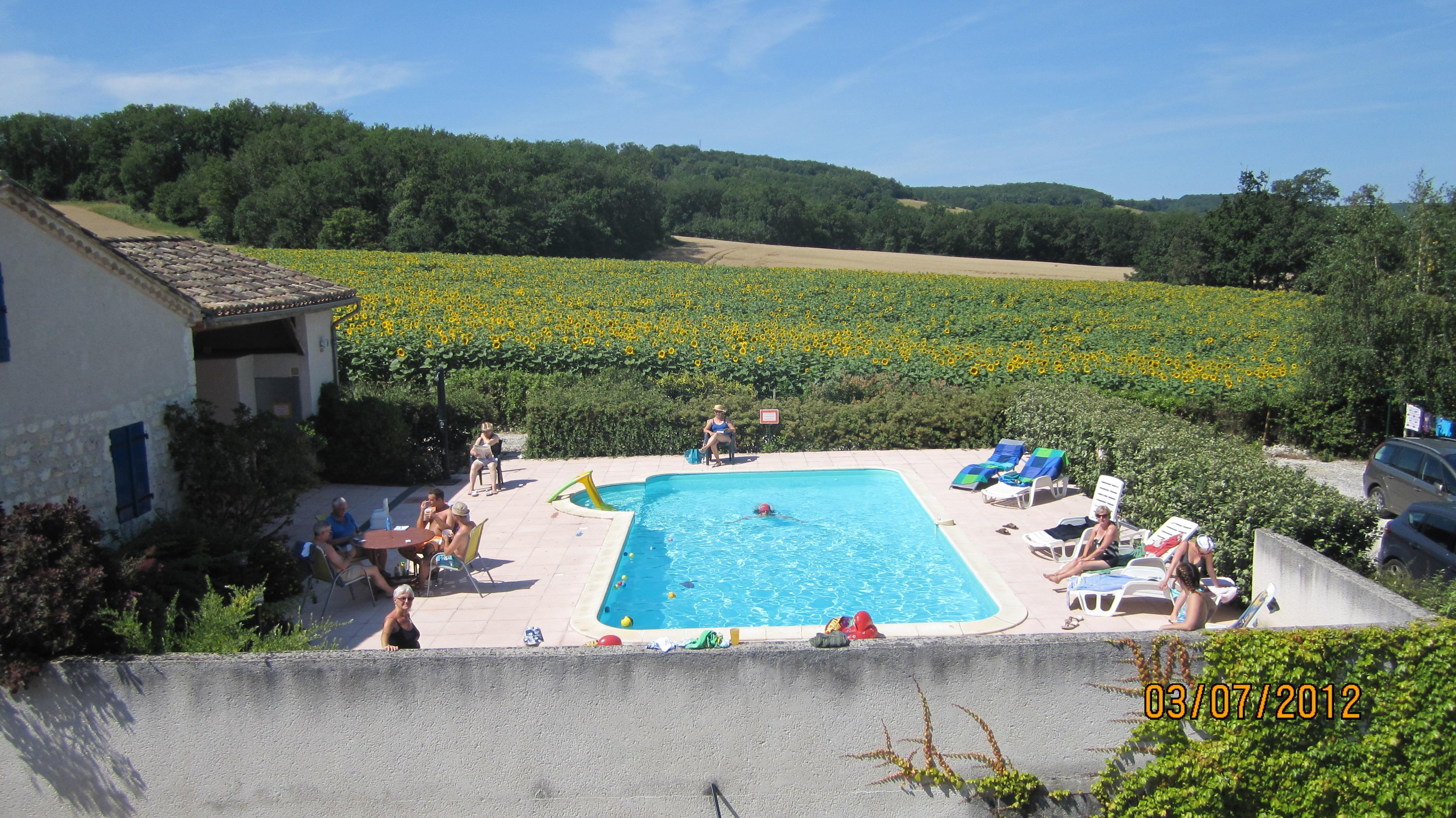 Zwembad met verwarming mandarre - Huis design met zwembad ...
